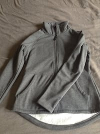 Jacket small never worn  Anchorage, 99504
