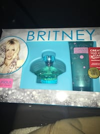 NEW SEALED Britney Spears Curious Perfume  and lotion Set Las Vegas, 89131