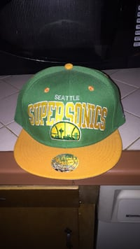 New Seattle SuperSonics hat Fresno, 93711