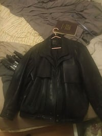 Mint condition leather jacket  3559 km