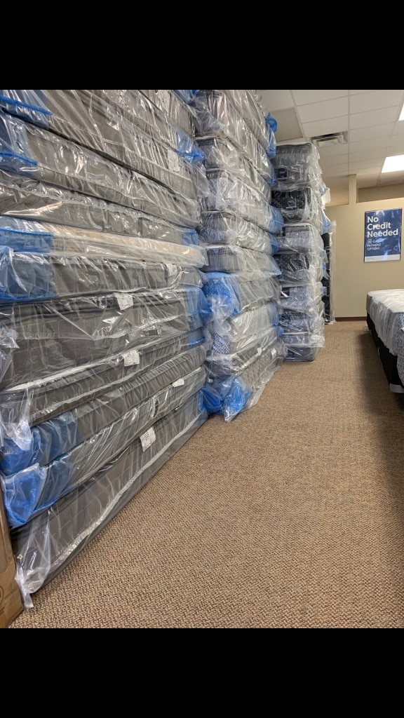 Photo New Mattress Sets Only Fifty Bucks Down Take Home Today!!