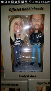 Rick and Cindy Bobbleheads.  Fort Erie, L0S 1B0
