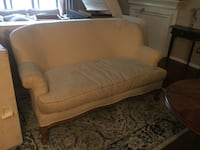 Beautiful white French couch with wooden legs Dallas, 75230