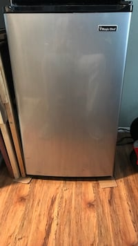 Black and gray compact refrigerator San Diego, 92104