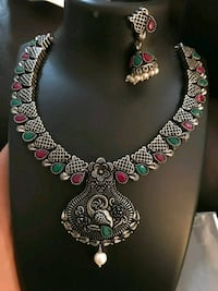 Antique necklace with green and ruby stone embedded with earrings Aldie, 20105