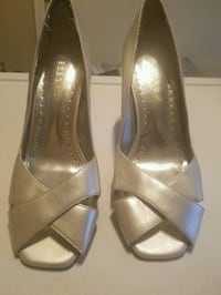 BCB Girls silver open toe heels Ladson, 29456