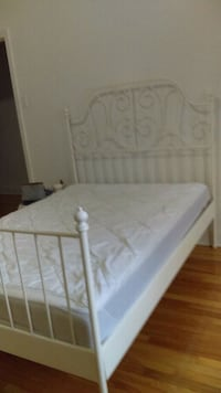 white and gray floral bed mattress Montréal, H3W 1W7