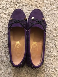 As brand new Todd's classic style flats, size 7 Richmond, V6Y