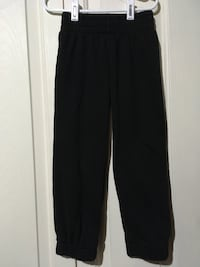 Boy's XS (4/5) Sweatpants  Winnipeg, R3X 1C3
