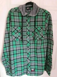 green and black plaid dress shirt  size m  Meriden, 06450