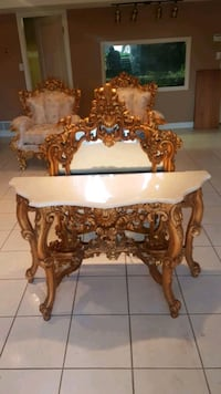 Stunning marble hall table and wall mirror Brampton, L6X