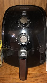 Black and gray electric air fryer  Mansfield, 44905
