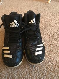 Adidas shoes size 4.5 Germantown, 20874