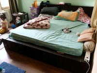 "King size bed with 6"" sleepwell mattress Noida, 201303"