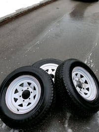 Trailer 6 bolt rims with tires Vaughan, L6A 2G2