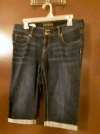 Decree Capris. Have quite a few liking, make an offer.  Lennox, 57039