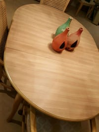 Dining table with 6 chairs with/Side board Stuart, 34994
