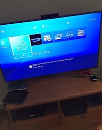PS4 Console With Controller Toronto, M9W 4V1