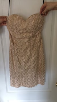 Gold strapless dress Cambridge, N3H 3L1