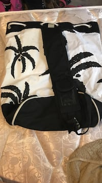 White and black palm tree print bucket bag Purcellville