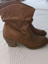 Women's Boots (size 10) Mississauga, L5J