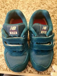 New Balance Shoes Milford, 45150