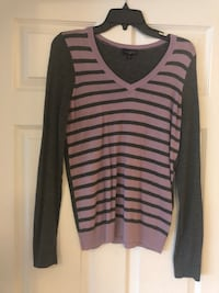 black and gray striped scoop-neck long sleeve shirt Fairfax