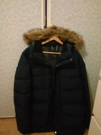 svart zip-up parka jacka 6622 km