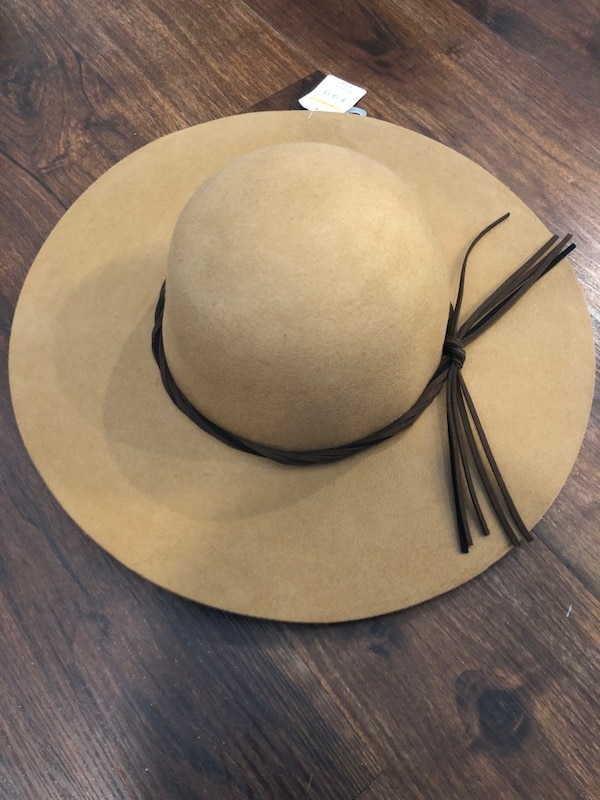 Used Black and Brown hats for sale in Red Bank - letgo fdf5a03beea4