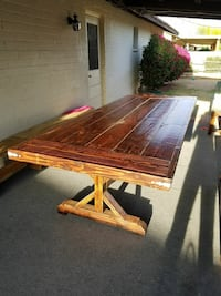 Beautiful 10 ft farmhouse table