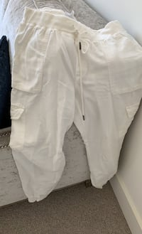 Aritzia community pant - size small New Westminster