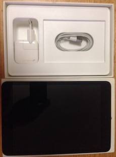 IPad mini 16gb en perfecto estado con cargador y caja!!se regala funda protectora ..