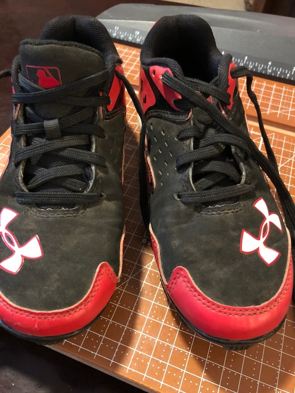 98fa62e1d33c Used pair of black-and-red Under Armour basketball shoes for sale in  Walhalla