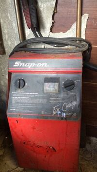 red and black Snap-on welding machine Toronto, M1G