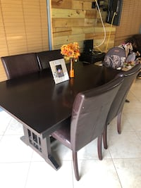Table with 5 chairs The Acreage, 33470