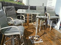 Patio set glass table 4 chairs seats worn sme rust Omaha, 68124