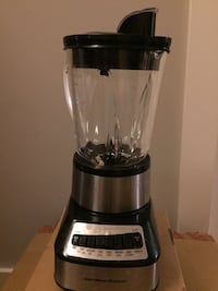 black and gray Oster blender New York, 11206