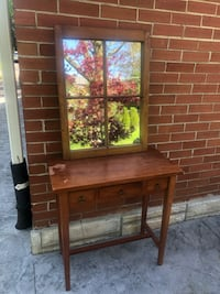 Antique hall table with hanging mirror Brantford, N3R 1N2