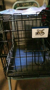 Dog crate Bearly used-can be broke down Portland, 97206