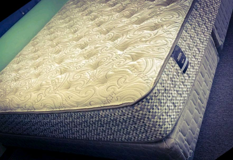 Photo BRAND NEW MATTRESS CLEARANCE SALE!!! ALL STYLES AND SIZES!!!