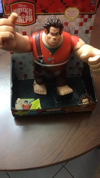 Disney wreck it ralph plastic toy