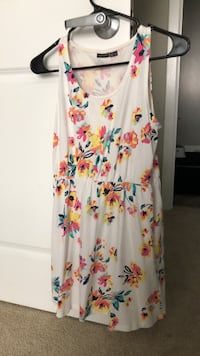 Summer elastic floral dress Arlington, 22201