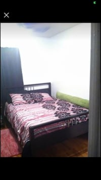 Bed frame (Queen Size)