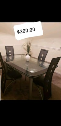 rectangular glass top table with four chairs dining set Manassas, 20109