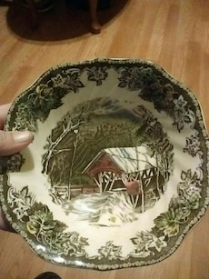 A christmas bowl made in  england by johnson bros