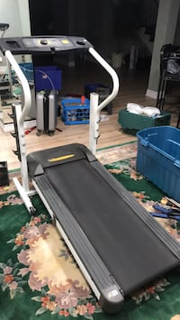 Selling treadmill  Richmond Hill, L4B