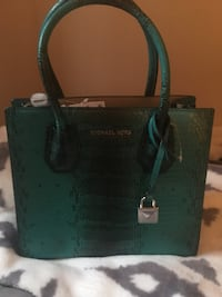 Micheal Kors Snakeskin Purse Stoney Creek, L8G 3N3
