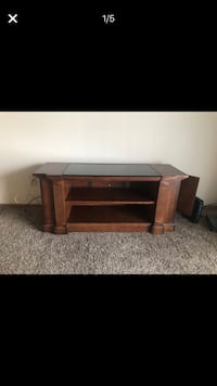 Wooden tv stand Columbus, 43026