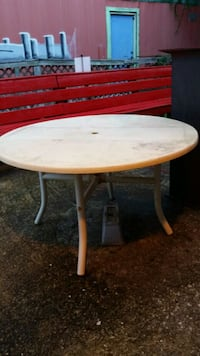 Large Outdoor table Tallahassee, 32310