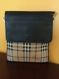 Beautiful Brown Checked Crossbody/Messenger Bag Mississauga, L4Z 3M4